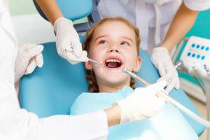 deti-na-priyome-u-stomatologa